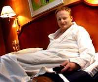 Robin Gummeson, Knuthagsgatan 45, Surahammar | satisfaction-survey.net