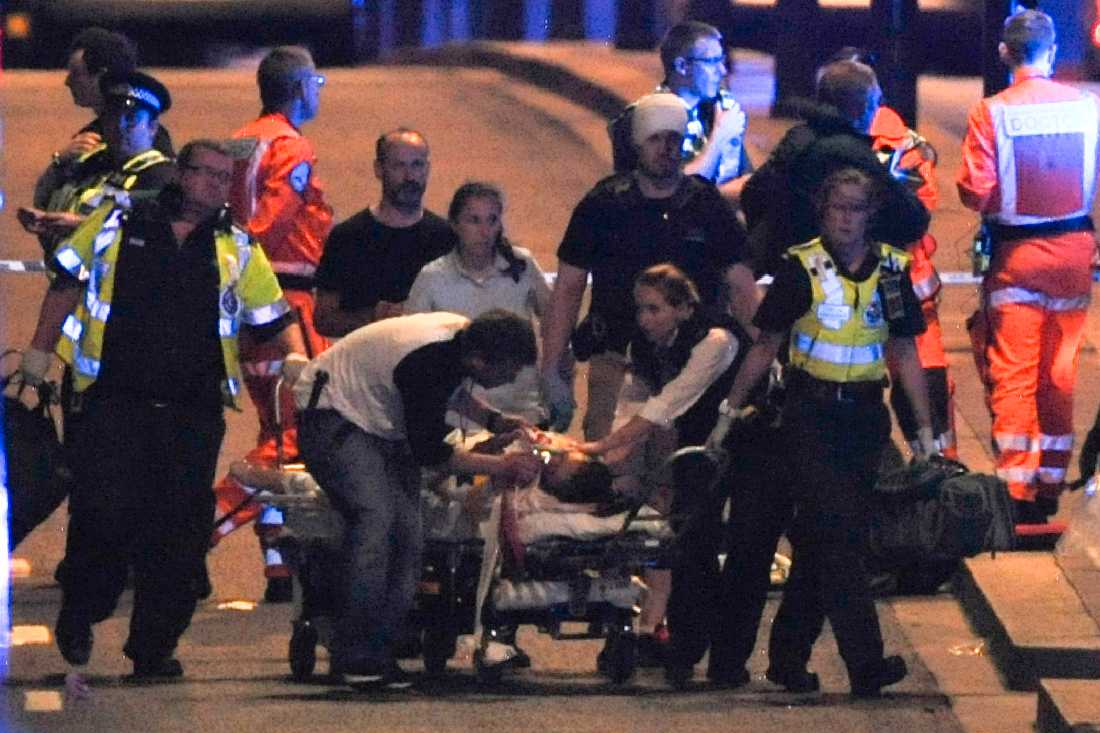 Skadade tas omhand efter terrorattacken på London Bridge.