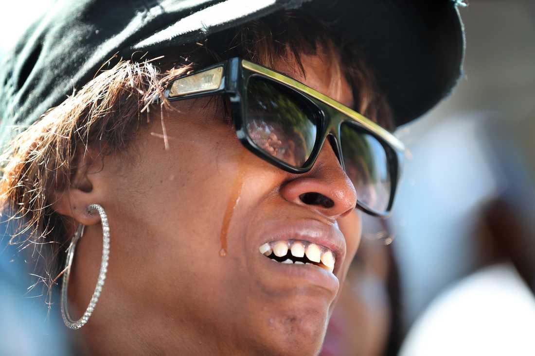 Philando Castiles fästmö Diamond Reynolds började filma allt strax efter skjutningen.