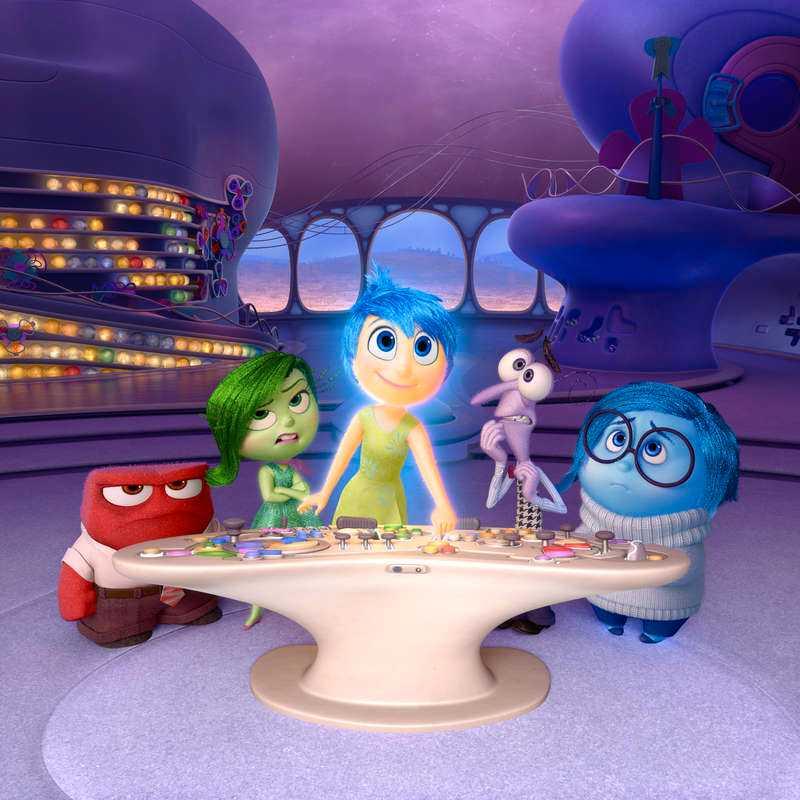 De fem känslor som styr flickan i filmen - Ilska, Avsky, Glädje, Rädsla och Vemod.