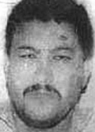 Adel Abdel Bari, 54, beskrivs som Usama bin Ladins högra hand.
