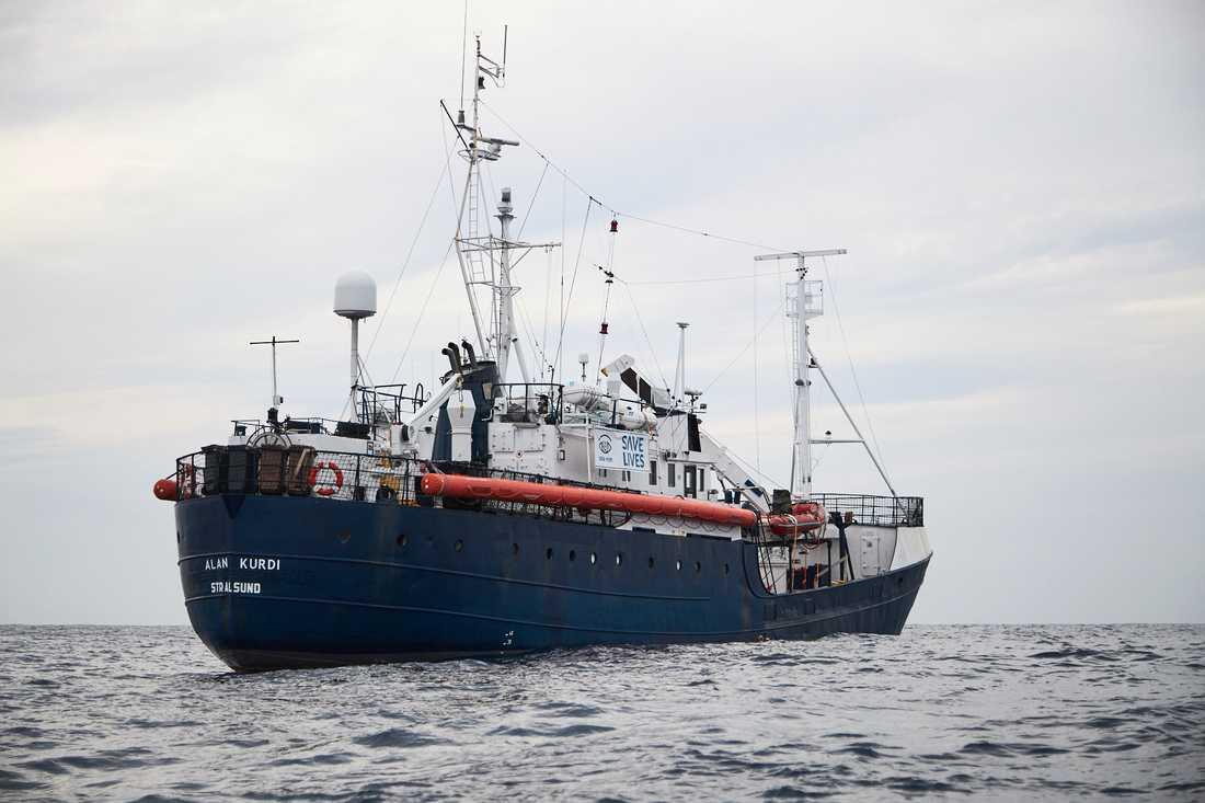 Migranterna finns på ett fartyg som tillhör den tyska hjälporganisationen Sea Eye. Arkivbild.