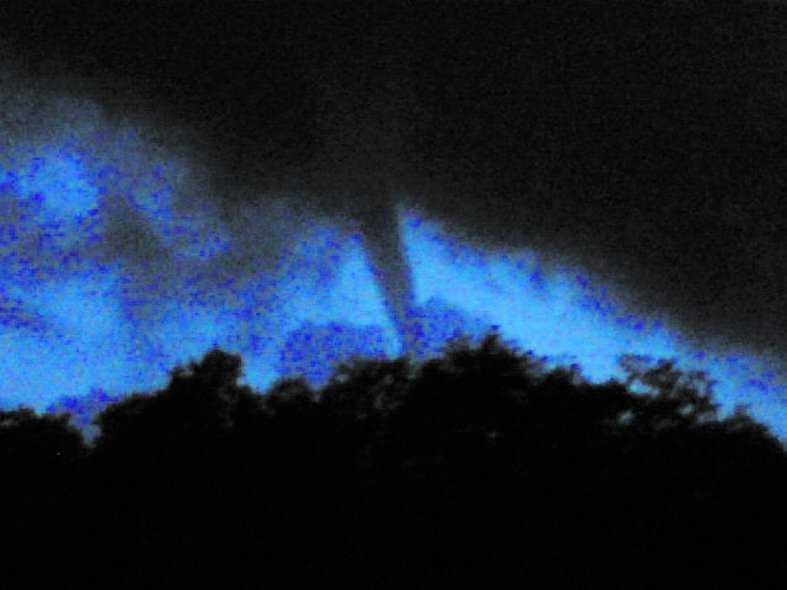 Kungsbacka Utanför Kungsbacka fotograferades en tornado.