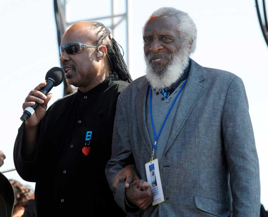 Stevie Wonder och Dick Gregory.