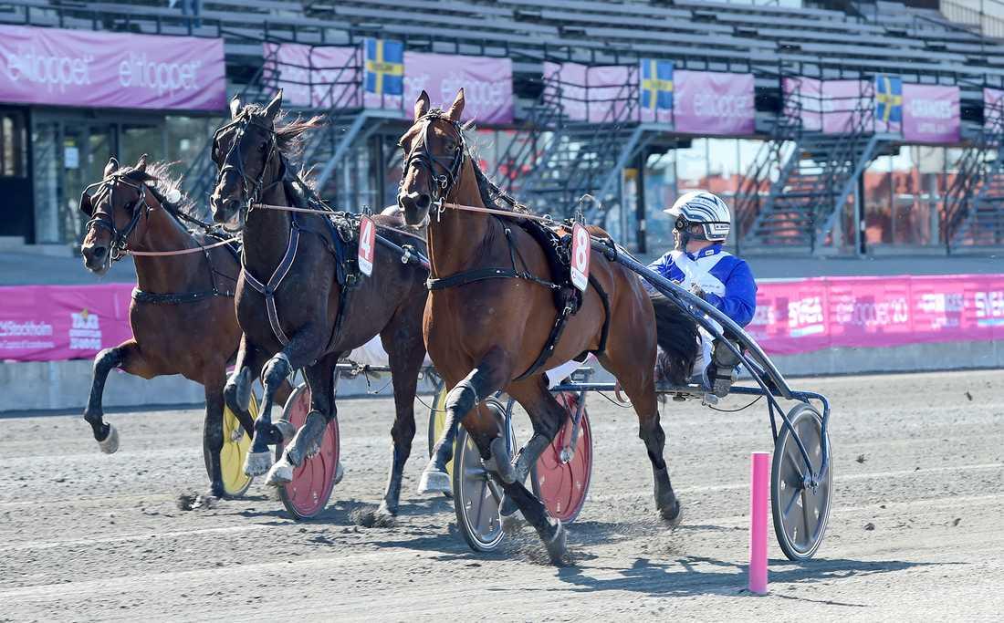 Ecurie D. fick spår 10 i Hugo Åbergs och kommer köras av Erik Adielsson.