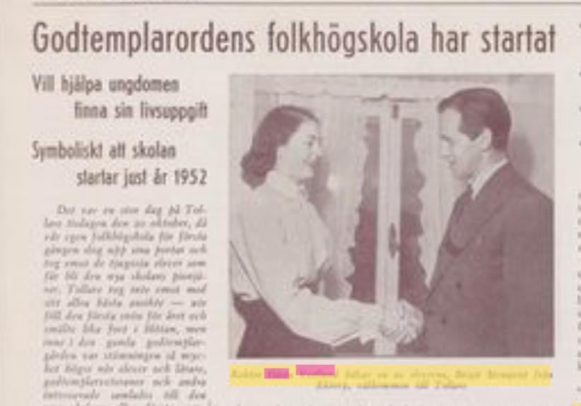 Gösta Vestlund, dåvarande rektor, hälsade en elev på folkhögskolan välkommen.
