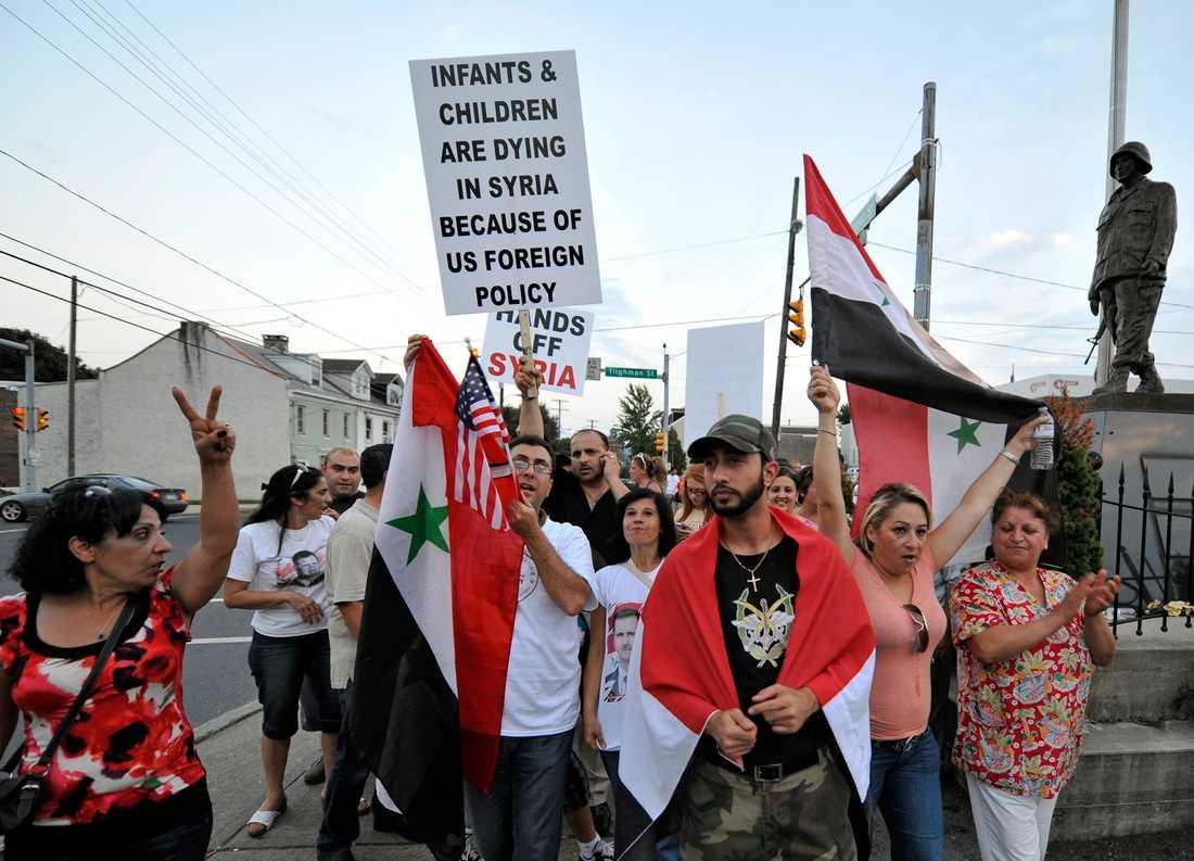 Den allmänna amerikanska opinionen är mot ett ingripande i Syrien från amerikanskt håll, men vissa amerikanser menar att det är USA:s plikt att gripa in militärt.