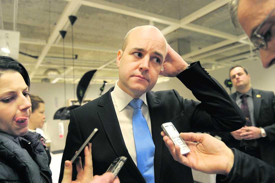 så är han, enligt usa Nya uppgifter som Aftonbladet tagit del av genom Wikileaks beskriver hur statsminister Fredrik Reinfeldt är. Bland annat gillar han att prata klimat och att lyssna på Abba.