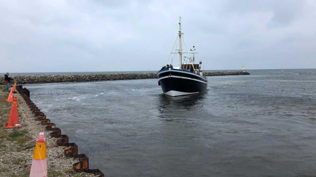 Till slut anlände skutan tryggt i hamn strax söder om Malmö.