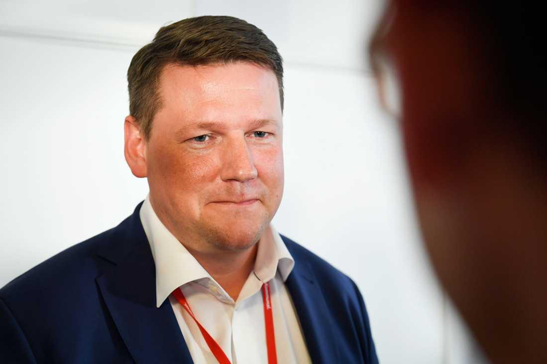 DE DELTOG I HEMLIGA FÖRHANDLINGARNA FRÅN LO: Tobias Baudin då LO:s vice ordförande. I dag ordförande för Kommunal.