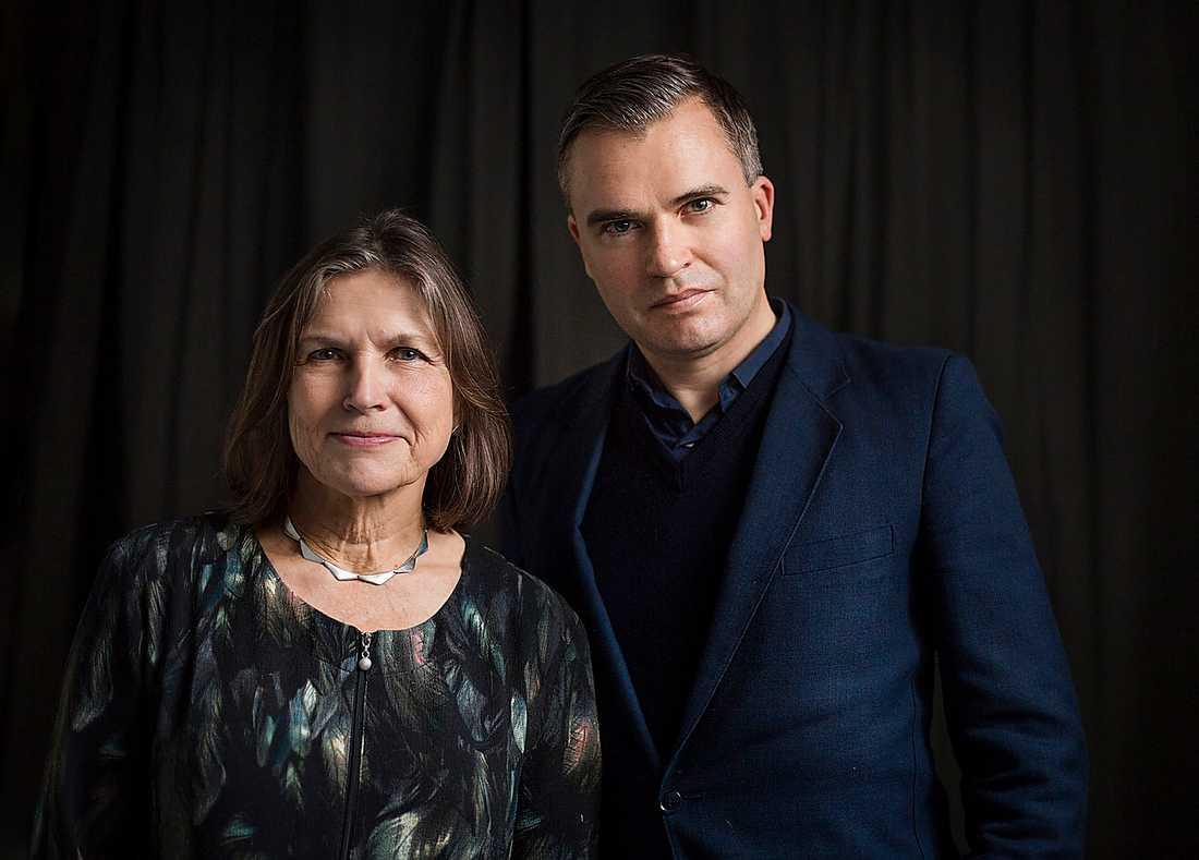 Redaktörerna Ingrid Elam och Jerker Virdborg står för urvalet.