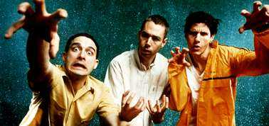 Beastie Boys fredsbudskap Beastie Boys med Ad-Rock (Adam Horowitz), Mike D (Michael Diamond) och MCA (Adam Yauch).