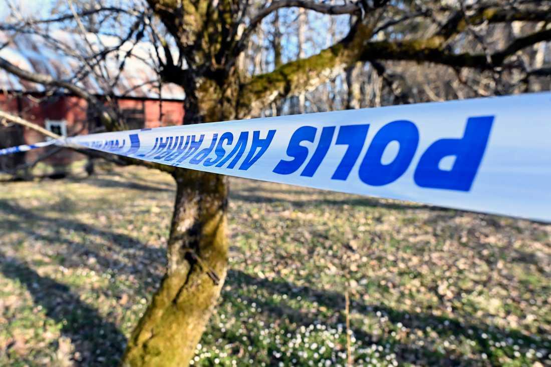 En man hittades död i en bostad i Eksjö kommun i helgen.