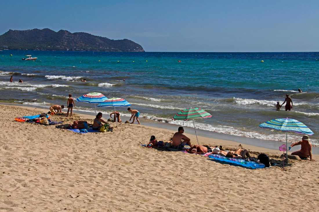 Mallorca är ett populärt resmål för många européer. Men de senaste månaderna har stränderna ekat tomma på grund av coronaviruset. Bilden är tagen innan pandemin. Arkivbild.