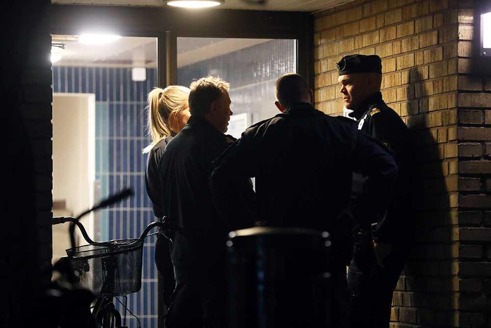 Skottlossning i trapphus i Malmö