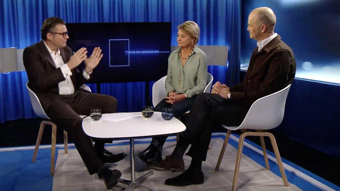 """SVT:s mediedirektör Jan Helin, förre vd:n Eva Hamilton och TV4:s vd Casten Almqvist i """"Fönster mot medievärlden""""."""