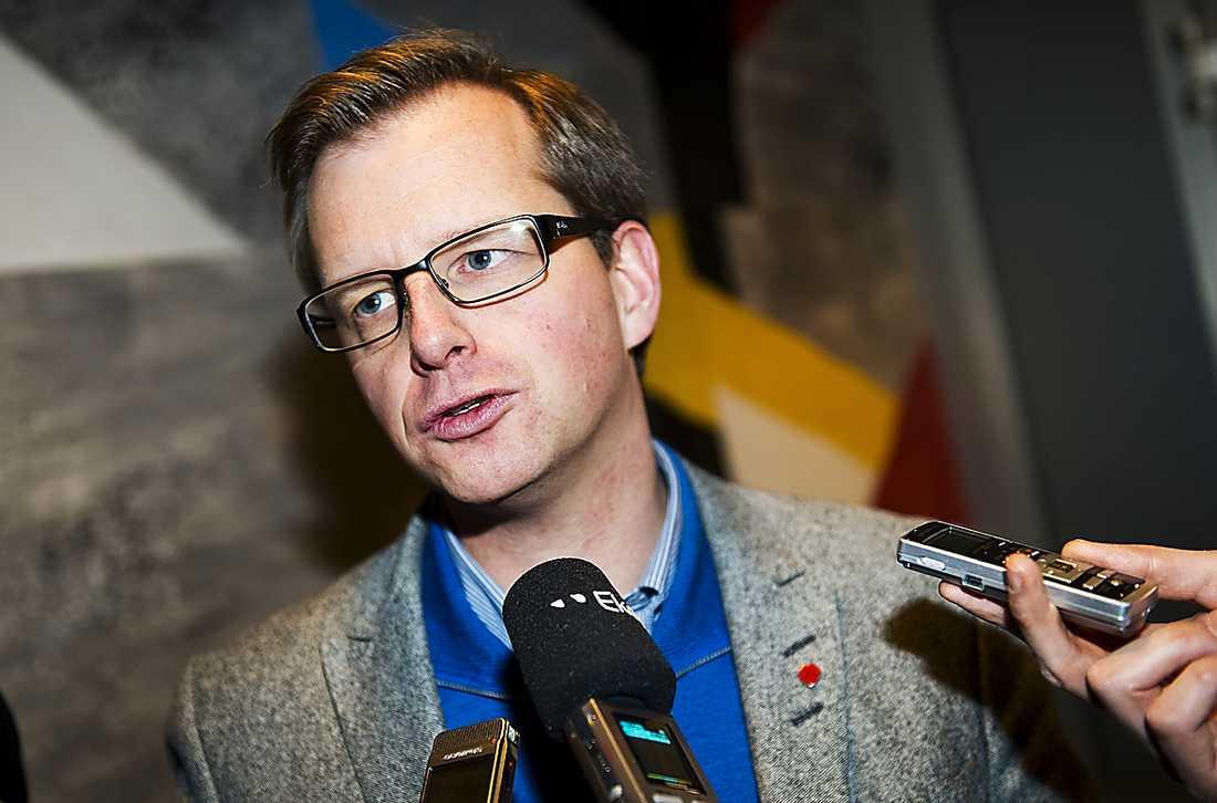 JA Mikael Damberg, talesperson.