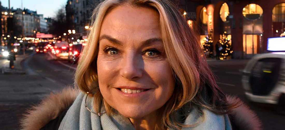 """Amerikanska Esther Perel leder par i terapi i podden """"Where should we begin?""""."""