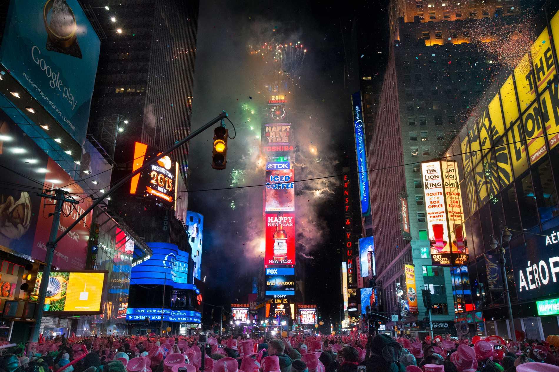 Många i New York vill fira nyårsafton vid Times Square.