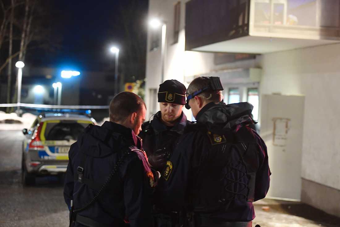Polis på plats i Fagersjö.