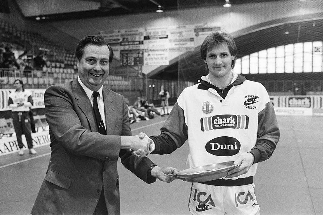 1989 blev Ola Lindgren årets spelare i svensk handboll.
