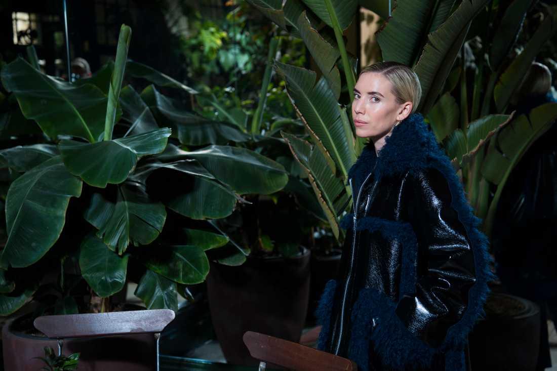 """Lykke Li är aktuell med albumet """"So sad so sexy""""."""