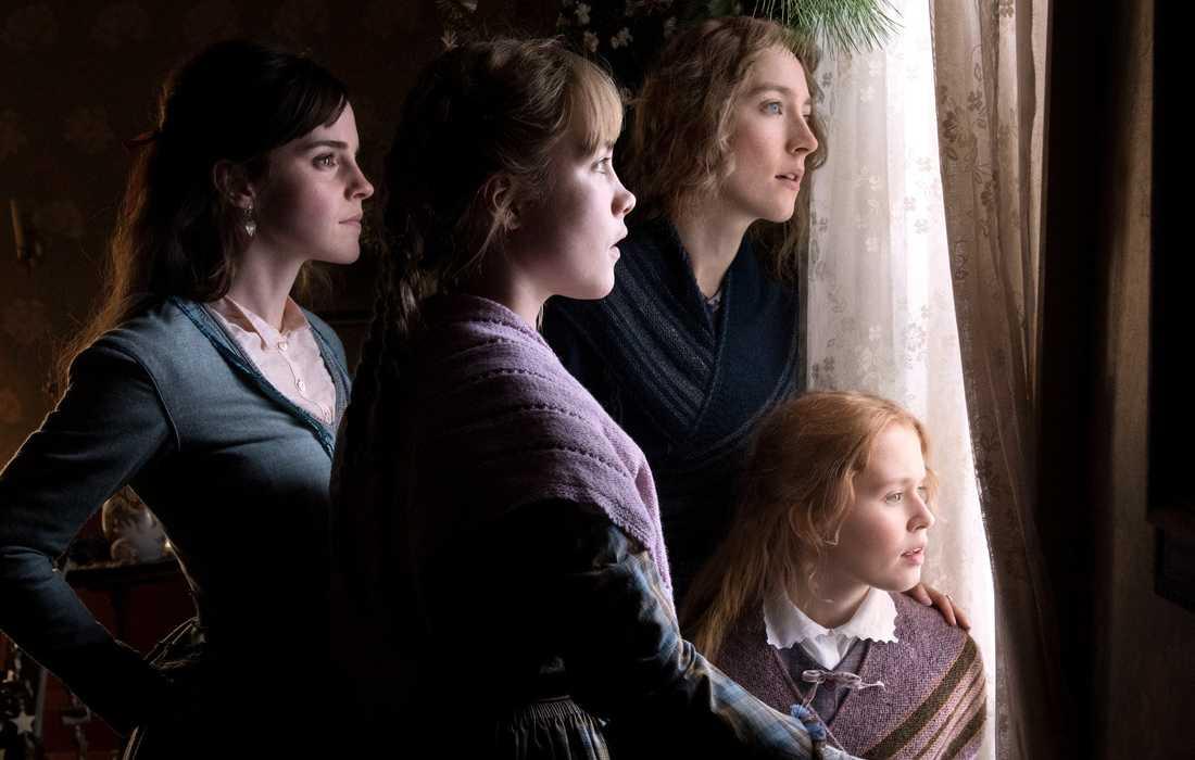 """Emma Watson, Saoirse Ronan, Eliza Scanlen and Florence Pugh i """"Unga kvinnor"""", som hade premiär i januari och är en av de bästa filmerna 2020. Pressbild."""