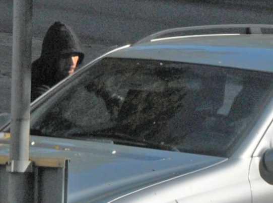 Känner du igen mannen på bilden? Kontakta polisen på 114 14