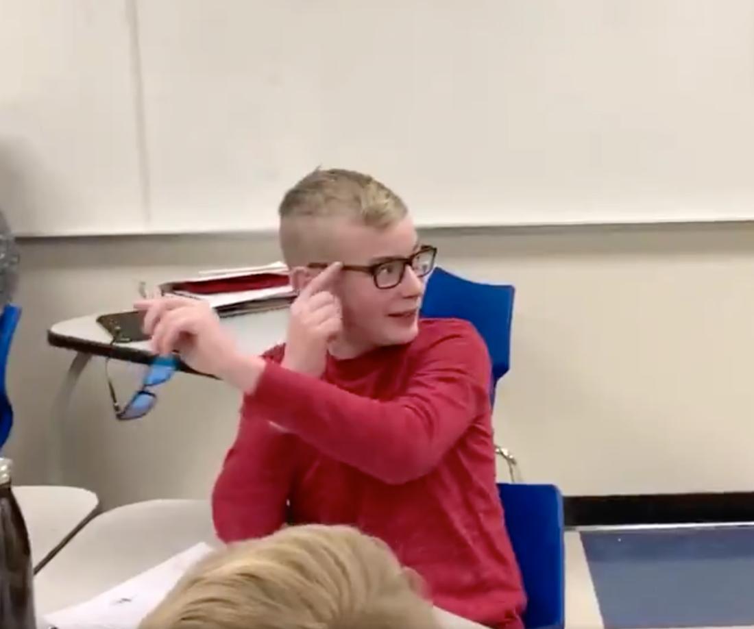 Jonathan Jones, 12, kunde inte hålla tillbaka tårarna.