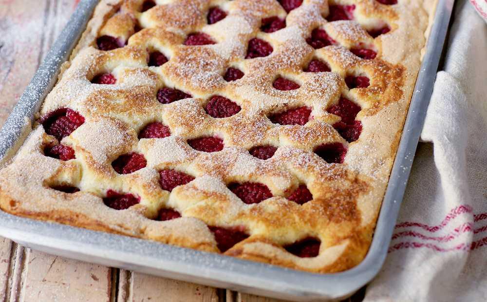 Hallonkaka – recept på god och söt kaka