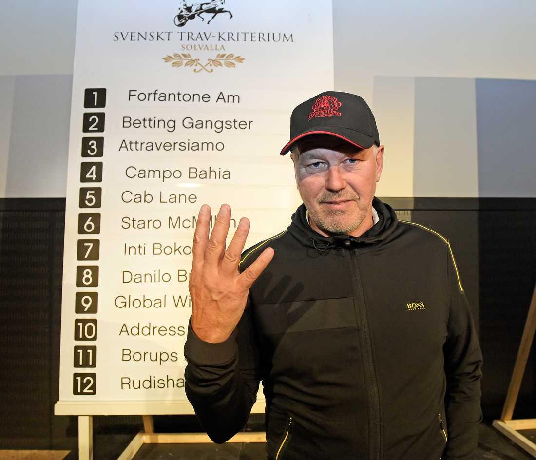 Timo Nurmos kvalade in fyra hästar till Kriteriefinalen och två stycken till Oaksfinalen.