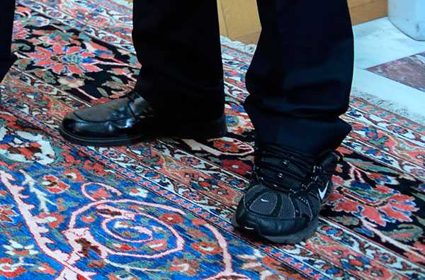 Två helt olika skor!