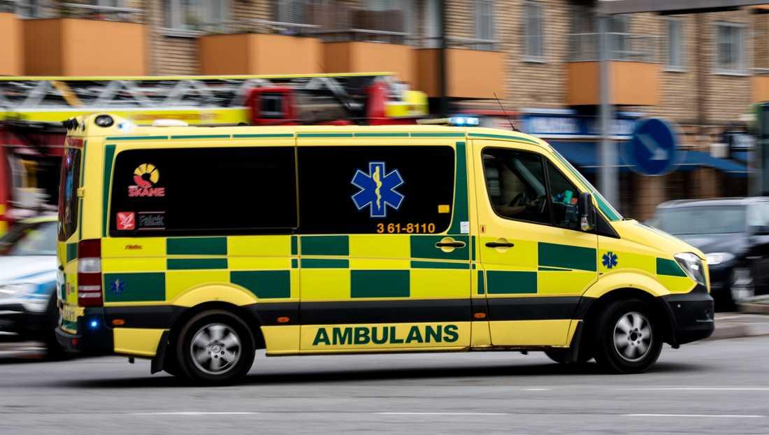 En pojke under 15 år har förts till sjukhus efter att ha blivit påkörd av en bil i Helsingborg. Arkivbild.