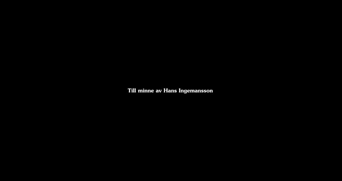 """Hans Ingemansson hyllas i eftertexterna av """"Solsidan""""."""
