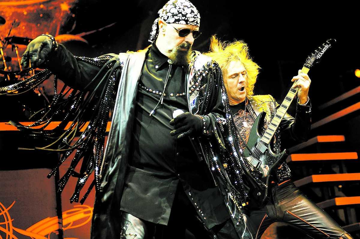 Rob Halford, Glenn Tipton och de andra i Judas Priest bjuder på gedigen lördagsunderhållning – men det räcker inte. Judas Priest spelar i Göteborg i kväll och Malmö den 4 mars.