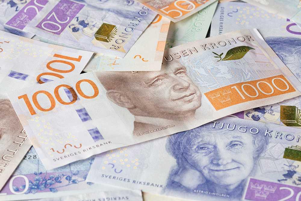 Det krävs flera hundratusen kronor i kontantinsats i dag för att kunna köpa en bostad på många orter i Sverige.