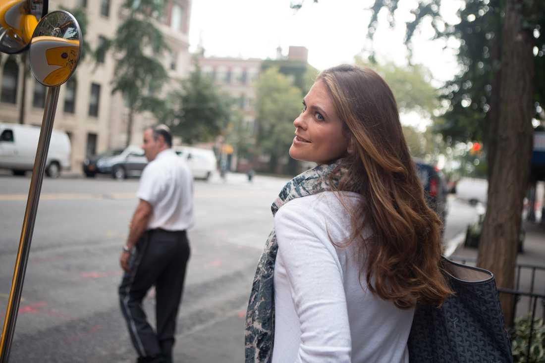 Madeleine gravid Samma dag som Madeleine och Chris berättat att de väntar barn i början på mars 2014.