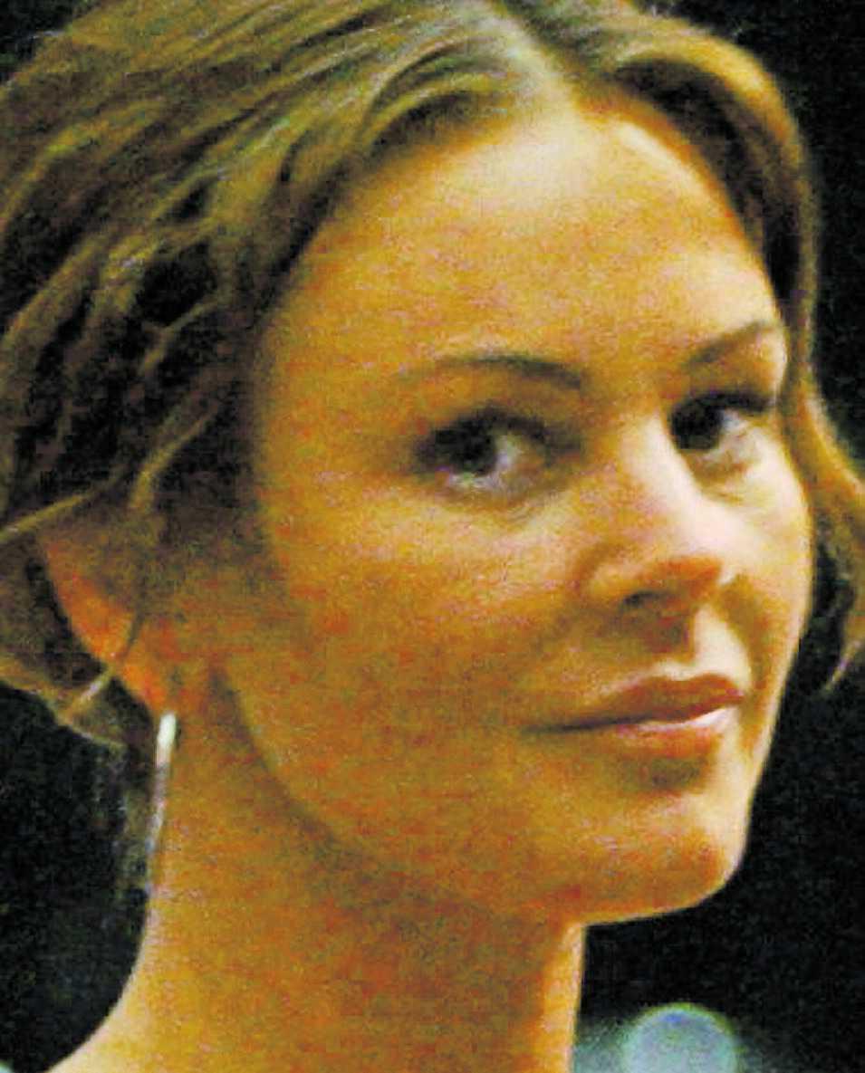 Magdalena Graaf tycker att skämtet som TV 3 utsatte henne för var smaklöst, med tanke på att hon inte ska exponeras för stress efter sin hjärnblödning.