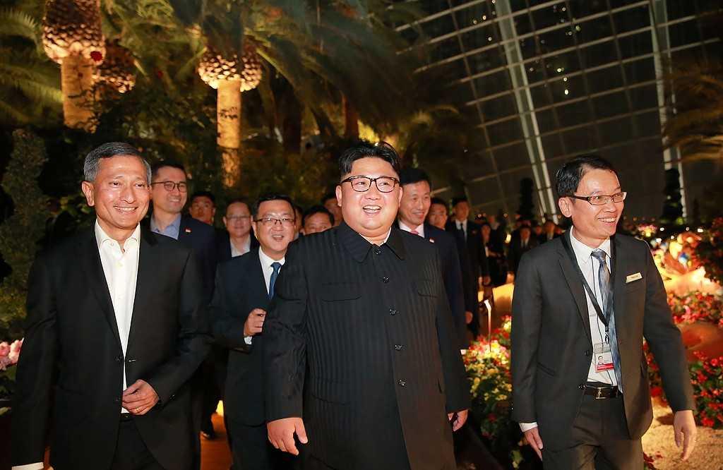 Bild från samma tillfälle från KCNA.