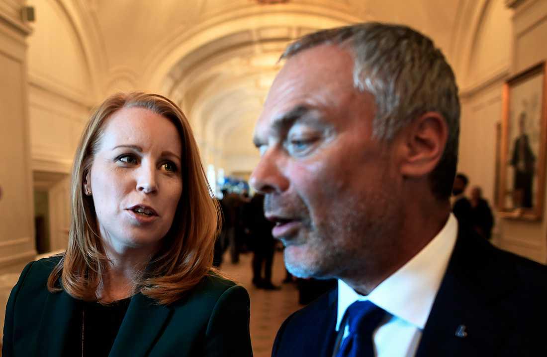 Annie Lööf och Jan Björklund pressas efter Ulf Kristerssons besked.