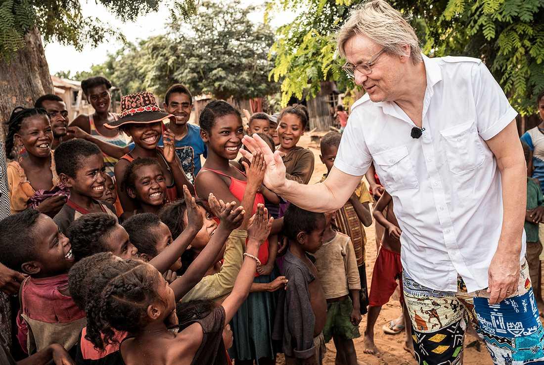 Lars Lerin reste till Madagaskar tillsammans med Unicef.