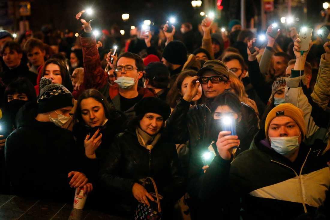 Protester har genomförts till stöd för Aleksej Navalnyj i Ryssland.