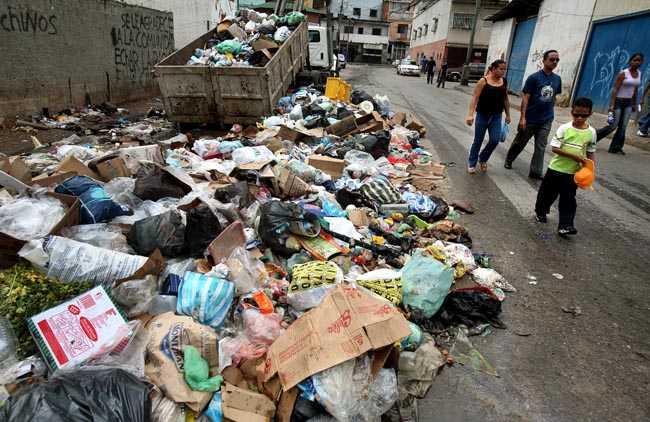 Slumområdet El Valle i utkanten av Caracas.