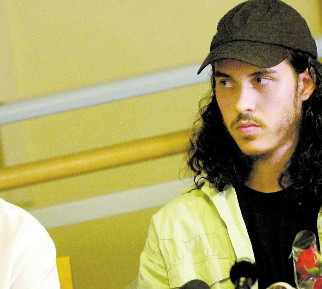 SATT ÖVER TVÅ ÅR I FÅNGLÄGRET I juli 2004 kom Mehdi Ghezali hem till Sverige efter att ha suttit i det fruktade Guantanamolägret på Kuba. USA avslöjade aldrig vad det fanns för misstankar mot honom och han åtalades heller aldrig.