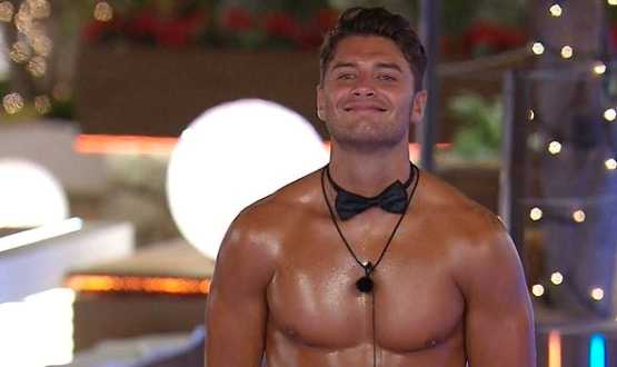 "Mike ""Muggy Mike"" Thalassitis."