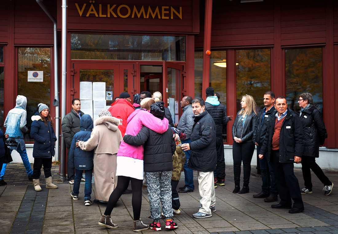 Kronan öppnade igen på måndagen, elva dagar efter skolmorden i Trollhättan