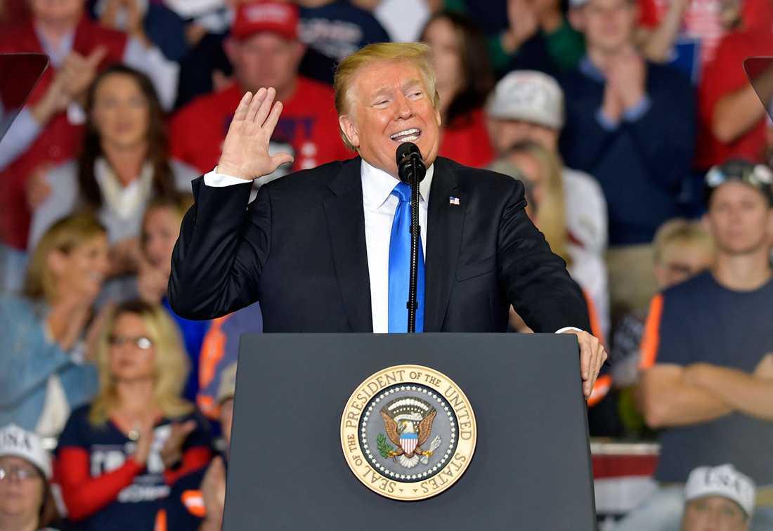 Donald Trump verkar komma bättre överens med auktoritära ledare än med sina demokratiska allierade.