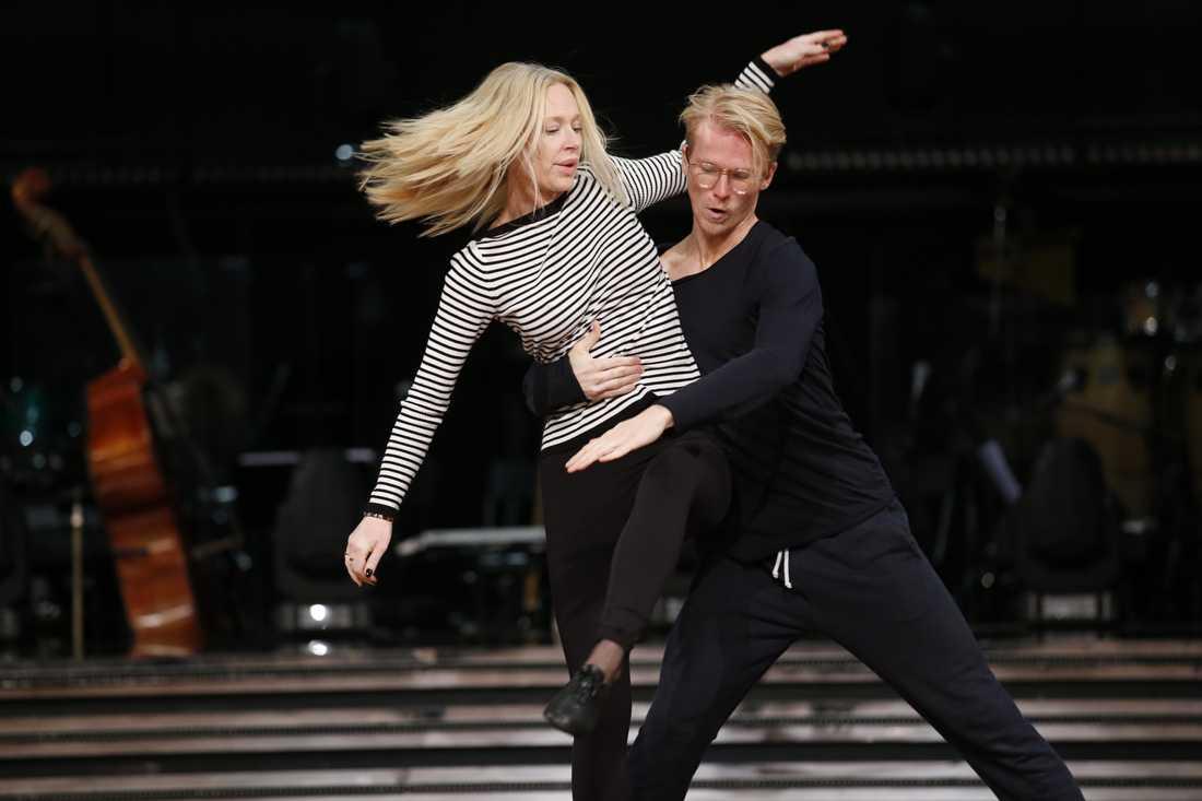 Isabel Adrian på dagens Let's dance-rep.