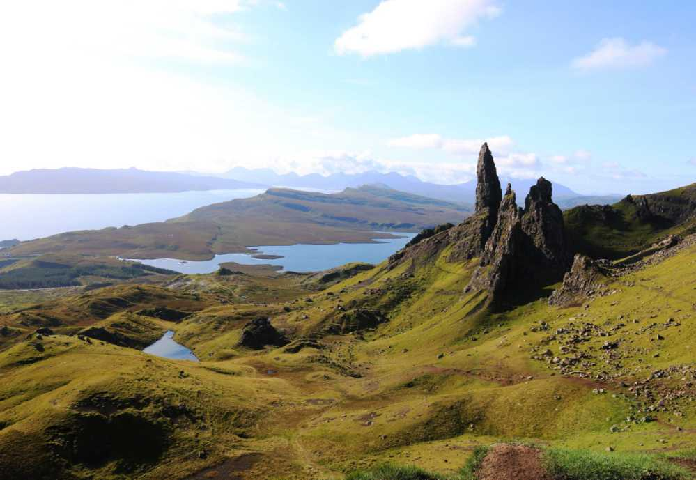 Old man of Storr på Isle of Skye.