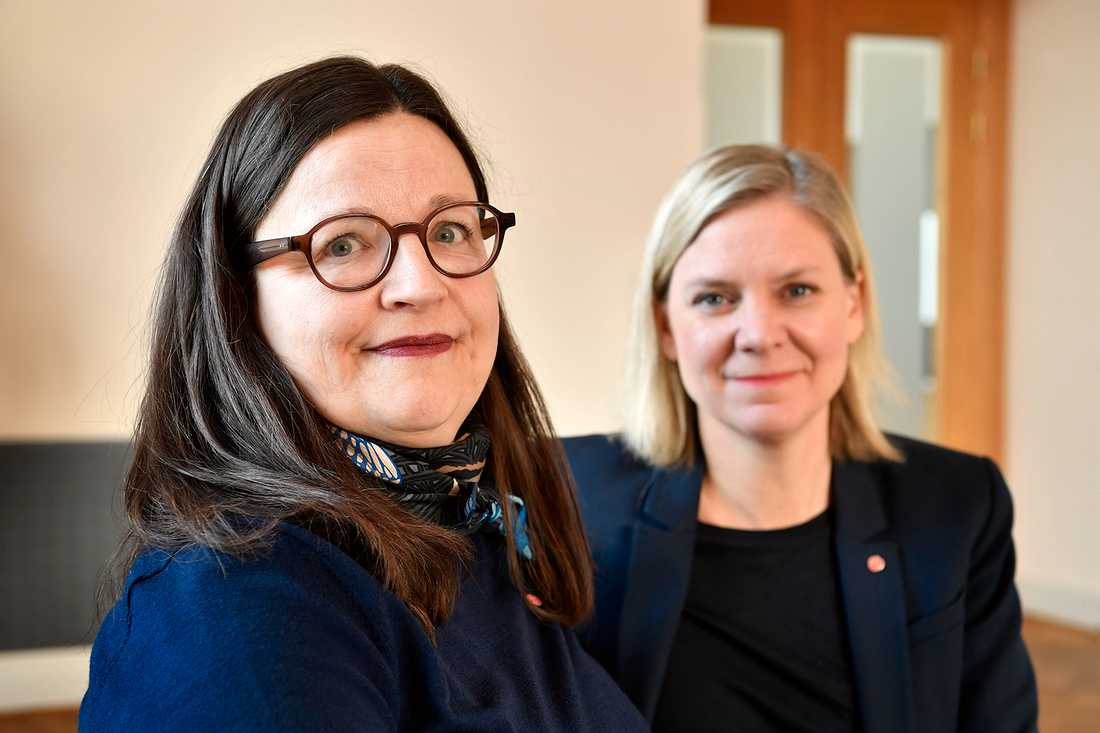 Anna Ekström och Magdalena Andersson presenterade Socialdemokraternas förslag om mobilförbud.